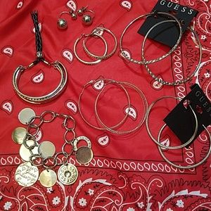 7 pc Guess jewelry set SILVER